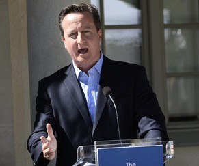 British Prime Minister David Cameron speaks during a news conference at Swedish Prime Minister Fredrik Reinfeldt's summer residence in Harpsund, south of Stockholm June 10, 2014. Cameron warned the European Union against taking an unhelpful direction on Tuesday, saying he wanted to keep his country in a reformed bloc but that the right leaders were needed to enact real reforms. Speaking in Sweden after a mini-summit with other EU leaders, Cameron did not refer to him by name but made it clear he continued to oppose Jean-Claude Juncker becoming the next president of the European Commission.   REUTERS/Maja Suslin/TT News Agency    (SWEDEN - Tags: POLITICS) FOR EDITORIAL USE ONLY. NOT FOR SALE FOR MARKETING OR ADVERTISING CAMPAIGNS. THIS IMAGE HAS BEEN SUPPLIED BY A THIRD PARTY. IT IS DISTRIBUTED, EXACTLY AS RECEIVED BY REUTERS, AS A SERVICE TO CLIENTS. SWEDEN OUT. NO COMMERCIAL OR EDITORIAL SALES IN SWEDEN. NO COMMERCIAL SALES