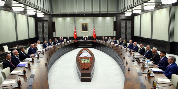 Turkish President Tayyip Erdogan (C) chairs a National Security Council (MGK) meeting at the presidential palace in Ankara, Turkey, July 20, 2016. Kayhan Ozer/Presidential Palace/Handout via REUTERS ATTENTION EDITORS - THIS PICTURE WAS PROVIDED BY A THIRD PARTY. FOR EDITORIAL USE ONLY. NO RESALES. NO ARCHIVE.