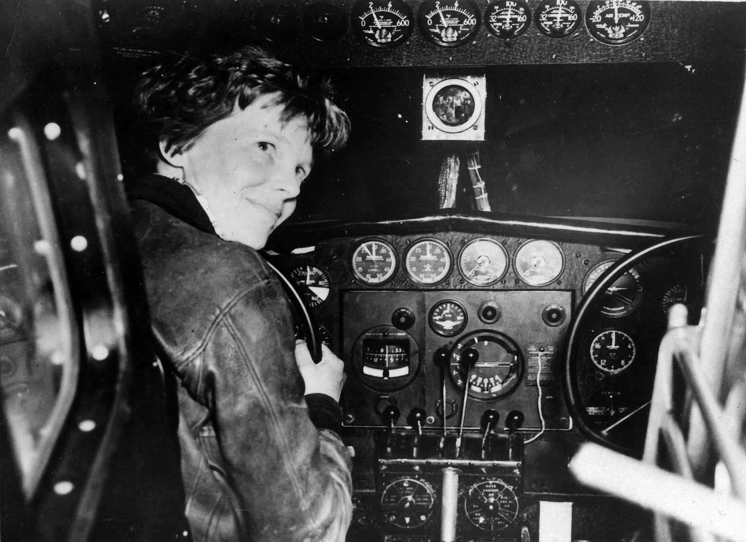 epa06591365 A handout photo made available by the National Archives showing US pilot Amelia Earhart 'prior to last take-off' which was in Lae, New Guinea 02 July 1937.  Earhart disappeared one day later on the same date 02 July 1937 after crossing the International Dateline and the mystery of what happened to Earhart and her navigator Fred Noonan has never been solved. It's been 80 years since Earhart and Noonan vanished on a round-the-world flight. Media reports on 09 March 2018 state that Bones found on a island of Nikumaroro in 1940 in the South Pacific were likely those of US pilot Amelia Earhart, a new study by Richard Jantz, an emeritus anthropology professor at the University of Tennessee, found. *** Local Caption *** 53631092  EPA/NATIONAL ARCHIVES / HANDOUT HAND  HANDOUT EDITORIAL USE ONLY/NO SALES *** Local Caption *** 53631092