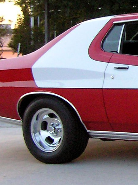 ford gran torino starsky and hutch http://blog.hemmings.com/index.php/2014/06/18/claimed-starsky-hutch-gran-torino-sells-for-40000/