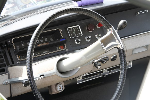 http://www.swadeology.com/ citroen ds interieur