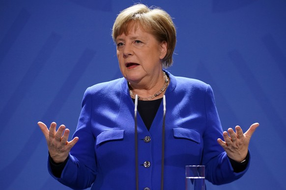 epa08302008 German Chancellor Angela Merkel speaks during a press conference at the chancellery in Berlin, Germany, 17 March 2020. German Chancellor Angela Merkel informed about a Videoconference that took place with the Heads of State and Government of the European Union on the spread of the coronavirus SARS-CoV-2 which causes the COVID-19 disease.  EPA/CLEMENS BILAN / POOL / POOL
