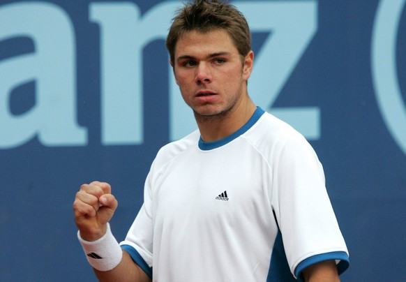 Stanislas Wawrinka from Switzerland, reacts during his semi-final game against Razvan Sabau from Romania, at the Tennis Suisse Open in Gstaad, Switzerland, Saturday, July 9, 2005. Wawrinka won the match 7:6, 6:4. (KEYSTONE/Monika Flueckiger).