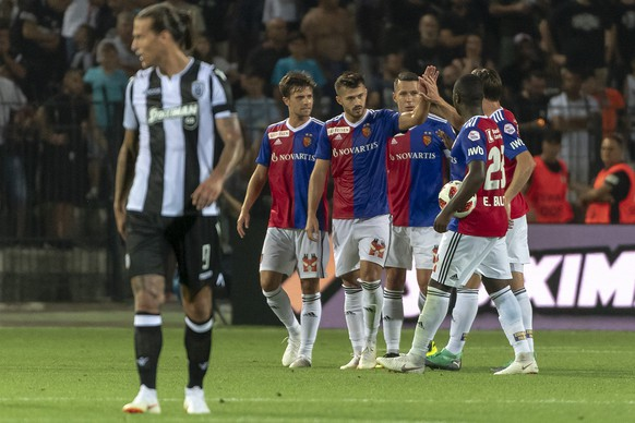 FC Basel's players cheer after scoring during the UEFA Champions League second qualifying round first leg match between Greece's PAOK FC and Switzerland's FC Basel 1893 in the Toumba stadium in Thessaloniki, Greece, on Tuesday, July 24, 2018. (KEYSTONE/Georgios Kefalas)