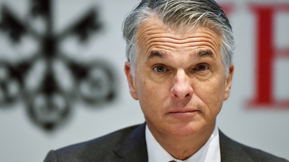 epa07308848 UBS CEO Sergio P. Ermotti speaks at a press conference announcing the bank's 2018 full year and fourth quarter result in Zurich, Switzerland, 22 January 2019.  EPA/WALTER BIERI
