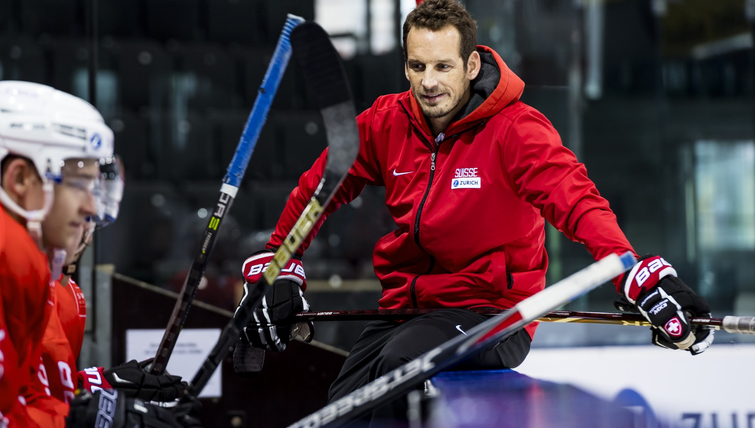 Patrick Fischer, head coach of Switzerland national ice hockey team, reacts during a training camp of Swiss national hockey team ahead the IIHF 2019 World Championship, at the ice stadium Les Vernets, in Geneva, Switzerland, Wednesday, April 24, 2019. (KEYSTONE/Jean-Christophe Bott)