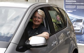 German Education Minister Annette Schavan poses in an A-Class E-CELL electric car by Mercedes-Benz in Berlin, April 19, 2011. This car is the first of 170 that will be delivered to clients in the next few months. REUTERS/Tobias Schwarz (GERMANY - Tags: TRANSPORT POLITICS ENVIRONMENT)