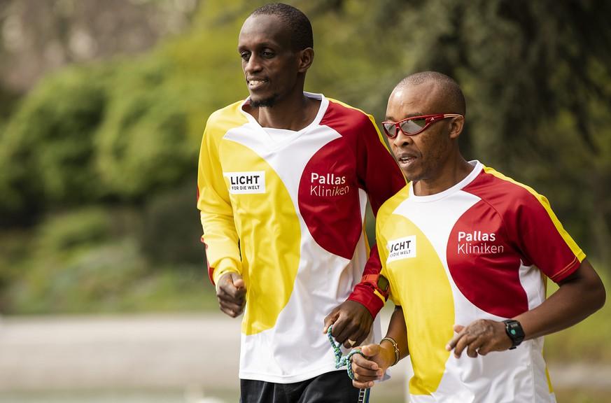 Über Nacht blind – die Geschichte von Marathonläufer Henry Wanyoike
