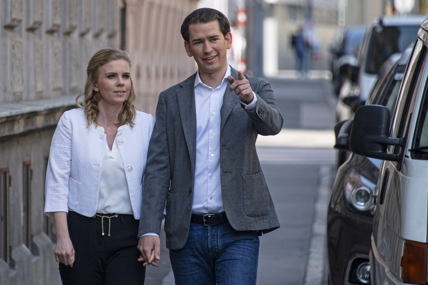 epa07601743 Austrian Chancellor Sebastian Kurz arrives with his girlfriend Susanne Thier at a polling station to cast their votes during the European elections in Vienna, Austria, 26 May 2019. The European Parliament election is held by member countries of the European Union (EU) from 23 to 26 May 2019.  EPA/CHRISTIAN BRUNA