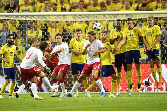 epa06781273 Denmark's Lasse Schone (front L) takes a free kick during the International Friendly soccer match between Sweden and Denmark at Friends Arena in Stockholm, Sweden, 02 June 2018.  EPA/BJORN LARSSON ROSVALL SWEDEN OUT