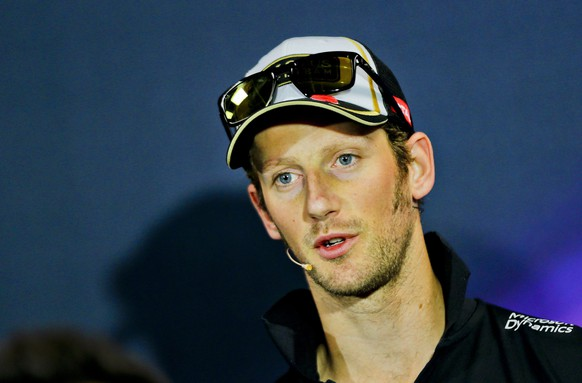 epa04758532 French Formula One driver Romain Grosjean of the Lotus F1 Team speaks during the press conference at Monte Carlo circuit in Monaco, 20 May 2015. The 2015 Formula One Grand Prix of Monaco will take place on 24 May 2015.  EPA/SRDJAN SUKI