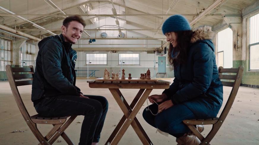 Profi-Gamer trifft bei «Clash» auf Schachspielerin: Was sie daraus lernen