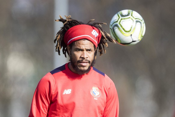 epa06627478 Panama's Roman Torres attends his team's training session in Emmen, Switzerland, 24 March 2018. Panama will face Switzerland in their International Friendly soccer match in Lucerne on 27 March 2018.  EPA/URS FLUEELER