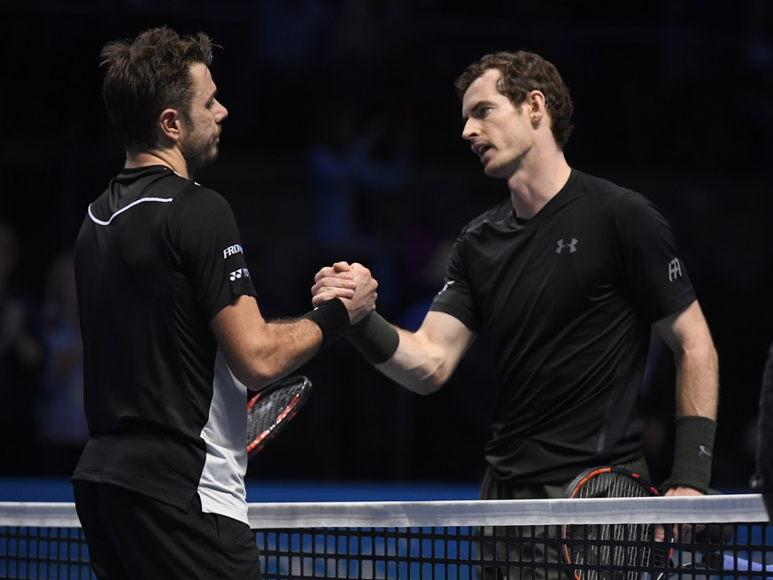 Britain Tennis - Barclays ATP World Tour Finals - O2 Arena, London - 18/11/16 Great Britain's Andy Murray and Switzerland's Stanislas Wawrinka after their round robin match  Reuters / Toby Melville Livepic EDITORIAL USE ONLY.