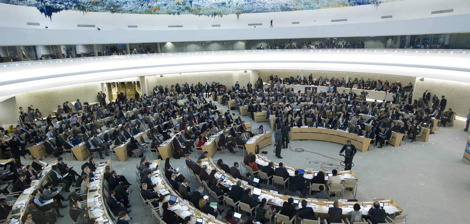 ARCHIV -- ZUM AUSSTIEG DER USA AUS DEM UN MENSCHENRECHTSRAT AM DIENSTAG, 19. JUNI 2018, STELLEN WIR IHNEN FOLGENDES BILDMATERIAL ZUR VERFUEGUNG -- A genral view of the assembly, during the Urgent debate on Syria at the 19th session of the Human Rights Council, at the European headquarters of the United Nations in Geneva, Switzerland, Monday, February 27, 2012. The Human Rights Council opens a four-week session on Today with member states and top officials. (KEYSTONE/Salvatore Di Nolfi)