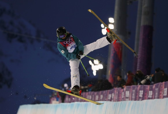 Australia's Amy Sheehan performs a jump during the women's freestyle skiing halfpipe qualification round at the 2014 Sochi Winter Olympic Games in Rosa Khutor February 20, 2014. REUTERS/Mike Blake (RUSSIA  - Tags: SPORT SKIING OLYMPICS)