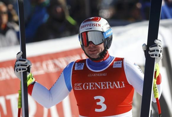 Alpine Skiing - FIS Alpine Skiing World Cup - Men's Super G - Kitzbuehel, Austria - 20/01/17 - Beat Feuz of Switzerland reacts at the finish line REUTERS/Leonhard Foeger