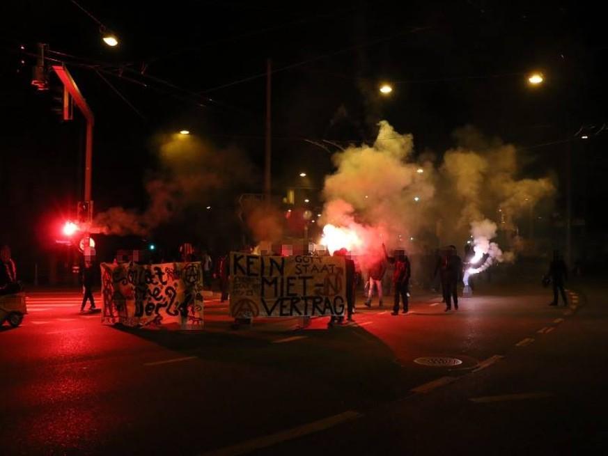 Krawalle in Bern: Ausschreitungen gehen auch am Abend weiter - watson