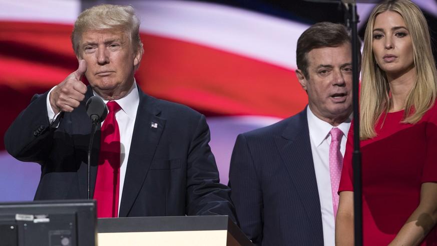 Russland-Affäre: Ex-Trump-Berater Paul Manafort stellt sich dem FBI