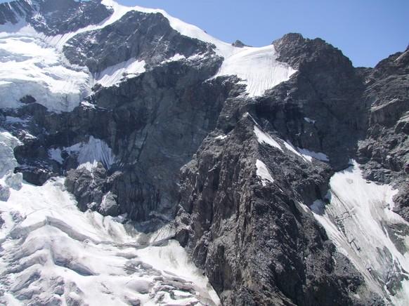 32-jährige Alpinistin stürzt am Piz Bernina 600 Meter in den Tod