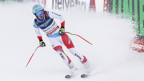 epa07352433 Wendy Holdener of Switzerland reacts in the finish area during the Downhill run of the women's Alpine Combined race at the FIS Alpine Skiing World Championships in Are, Sweden, 08 February 2019.  EPA/VALDRIN XHEMAJ