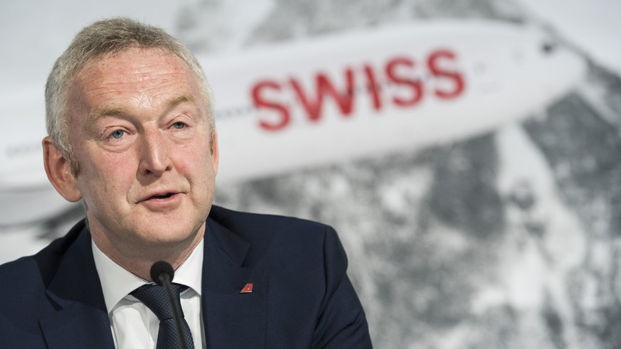 CEO Thomas Kluehr spricht an der Bilanzmedienkonferenz der Swiss International Air Lines, aufgenommen am Donnerstag, 16. Maerz 2017 in Kloten Zuerich. (KEYSTONE/Ennio Leanza)  Thomas Kluehr, CEO Swiss, speaks during a press conference, Thursday, 16 March 2017, in Zuerich, Switzerland. (KEYSTONE/Ennio Leanza)