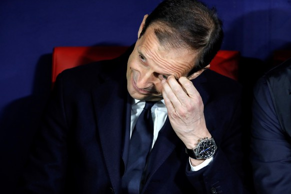 epa07383869 Juventus' head coach Massimo Allegri reacts during the UEFA Champions League round of 16 first leg match between Atletico de Madrid and Juventus at Wanda Metropolitano stadium in Madrid, Spain, 20 February 2019.  EPA/JuanJo Martin