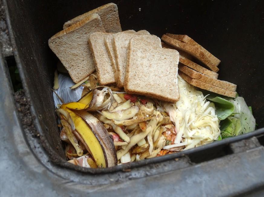 Sonntagspresse: Food Waste so schlimm wie Fliegen