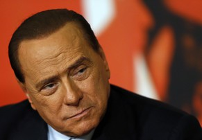 Italy's former prime minister Silvio Berlusconi attends a news conference in Rome in this November 25, 2013 file photo. An Italian court ruled that Berlusconi should serve a one-year sentence for tax fraud doing community service, a legal source told Reuters on April 15, 2014. The ruling, ordering Berlusconi to do community service once a week at a centre for the elderly, is