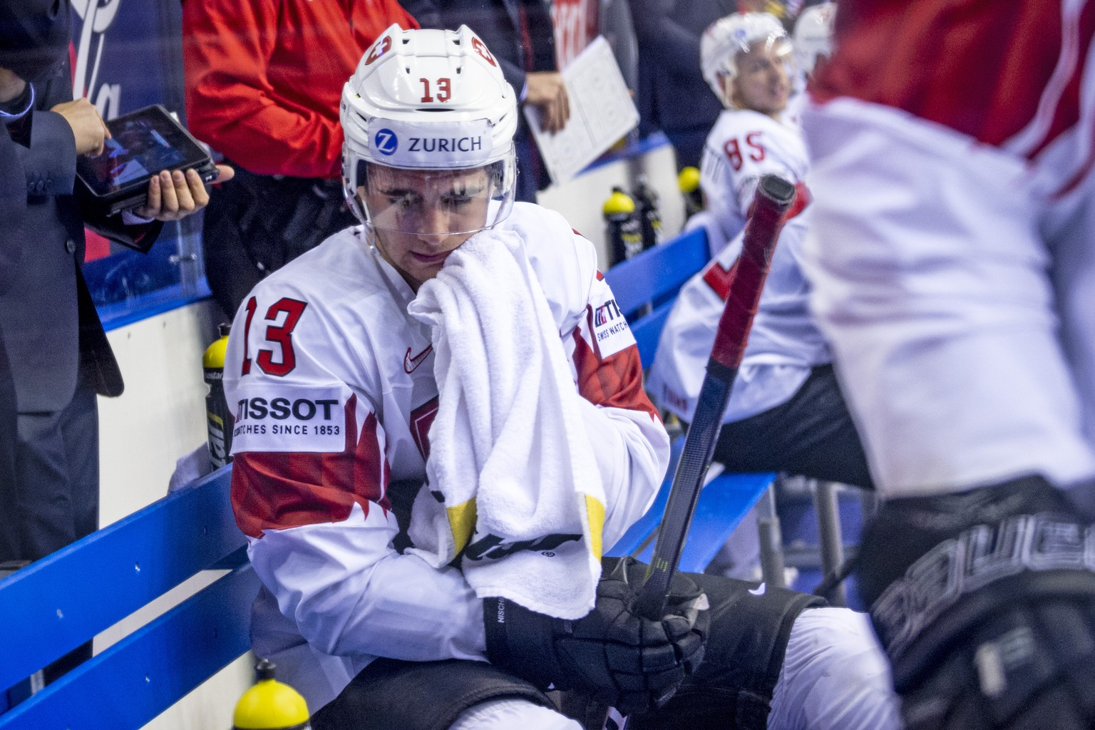 Switzerland's Nico Hischier disappointed after losing the quarter final game between Canada and Switzerland, at the IIHF 2019 World Ice Hockey Championships, at the Steel Arena in Kosice, Slovakia, on Thursday, May 23, 2019. (KEYSTONE/Melanie Duchene)