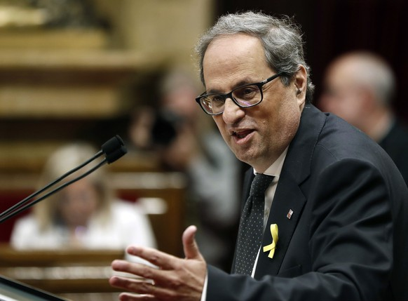 epa06735560 JxCat party's nominee for regional President, Quim Torra, delivers his speech during the second and last investiture session at the regional Parliament in Barcelona, northeastern Spain, 14 May 2018. Catalan pro-independence anti-capitalist party CUP decided yesterday to facilitate the investiture of Torra, as it was agreed that four of it members will refrain from voting in today's investiture. Torra would only need simple majority to become Catalan regional President.  EPA/Andreu Dalmau