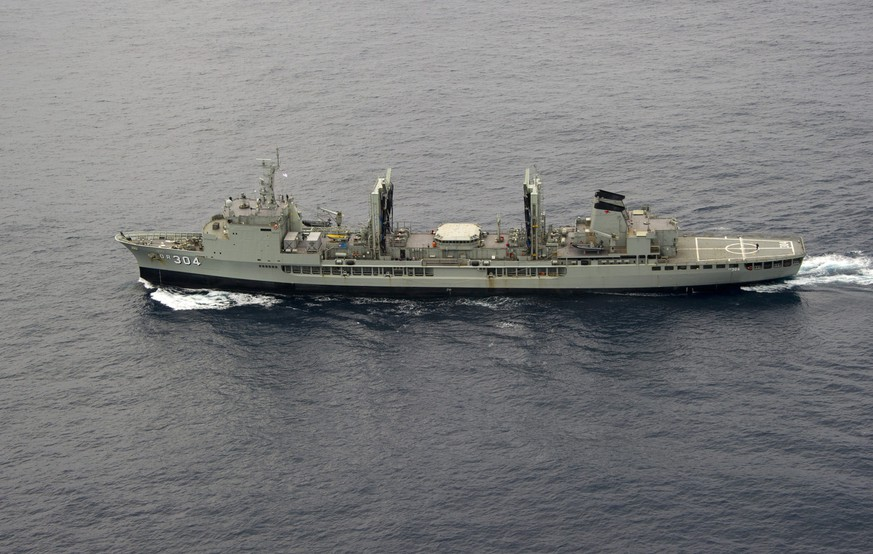 epa04138400 A handout image released 24 March  2014 by the Australian Department of Defense (DOD) shows the HMAS Success enroute to the search area in the southern Indian Ocean on 22 March, 2014, during the Australian Maritime Safety Authority-led search for Malaysia Airlines flight MH370. A Royal Australian Air Force (RAAF) AP-3C Orion maritime patrol aircraft from 10 Squadron, 92 Wing conducted another search operation for missing Malaysia Airlines Flight MH370 in the southern Indian Ocean on 22 March, 2014. The Australian Defence Force (ADF) and international community have increased its support for the search with four Royal Australian Air Force (RAAF) AP-3C Orion maritime patrol aircraft and the naval vessel HMAS Success involved in the search. A Royal New Zealand Air Force (RNZAF) P-3K2 Orion aircraft, a United States (US) Navy P-8 Poseidon maritime patrol aircraft, two Japanese Maritime Self Defence Force (JMSDF) P-3C Orion aircraft and two People's Liberation Army Air Force (PLAAF) Iluyshin IL-76 are also involved in the search. With these aircraft, search and rescue operations are able to be conducted continuously throughout daylight hours.  EPA/LEADING SEAMAN JUSTIN BROWN / DOD AUSTRALIA AND NEW ZEALAND OUT HANDOUT EDITORIAL USE ONLY/NO SALES