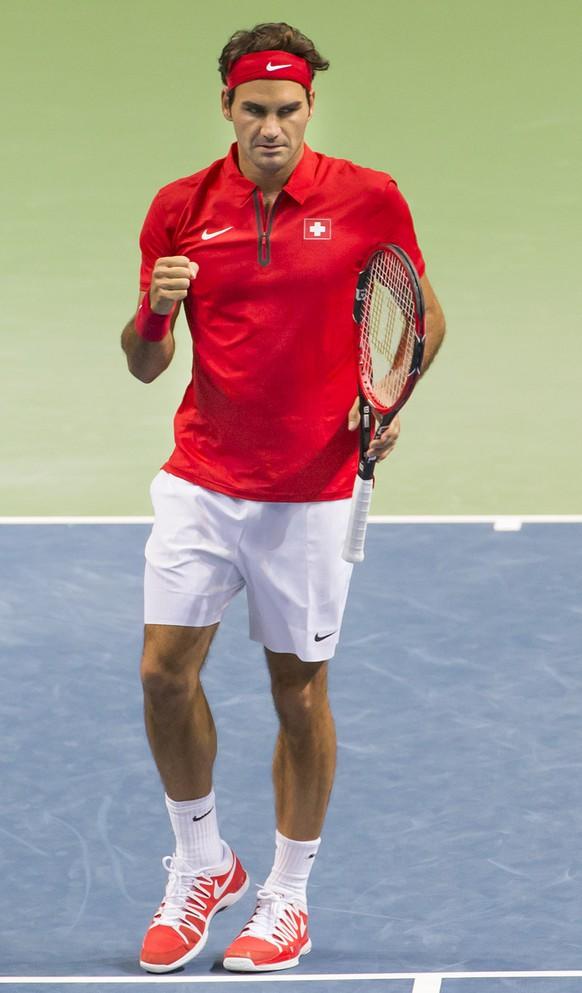 Genf, 19.09.2015, Tennis Davis Cup, Schweiz - Holland, Roger Federer (L) und Marco Chiudinelli (SUI, R) jubeln (Pascal Muller/EQ Images)
