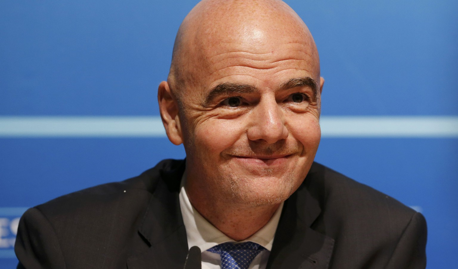 UEFA General Secretary Gianni Infantino attends a news conference after an Executive Committee meeting at the UEFA headquarters in Nyon, Switzerland, January 22, 2016.  REUTERS/Denis Balibouse