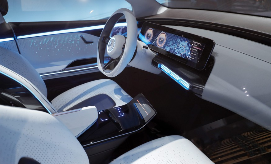 epa05765895 A look inside of a 'Concept EQ' car during a annual press conference in Stuttgart, Germany, 02 February 2017. Daimler AG, the automotive manufacturer, announced the earnings before interest and taxes (EBIT) of 12.9 billion Euro and an all-time high net profit of 8.8 billion Euro for the fiscal year 2016, an even further improvement is expected for the year 2017.  EPA/RONALD WITTEK