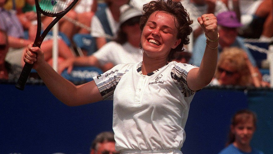 j-nger-war-keine-nummer-1-hingis-erklimmt-mit-16-erstmals-den-tennis-thron