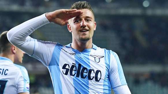 epa06701758 Lazio's Sergej Milinkovic Savic jubilates after scoring the opening goal during the Italian Serie A soccer match between Torino FC and SS Lazio at Olimpico Stadium in Turin, Italy, 29 April 2018.  EPA/ALESSANDRO DI MARCO