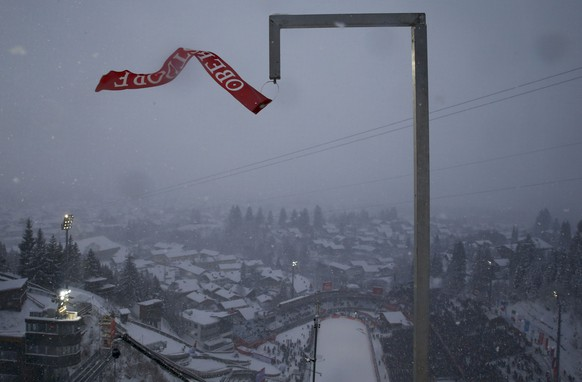A wind indicator is seen after the trial round for the first jumping of the 63rd four-hills ski jumping tournament was cancelled in Oberstdorf, southern Germany, December 28, 2014. The prestigious four-hills tournament started in Oberstdorf and will end in Bischofshofen on January 6.  REUTERS/Michael Dalder (GERMANY  - Tags: SPORT SKIING)