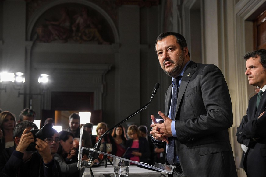 epa06736583 The League (Lega) party's leader Matteo Salvini (L) addresses the media after a meeting with Italian President Sergio Mattarella at the Quirinal Palace, Italy, Rome, 14 May 2018. M5S leader Di Maio said that neither he nor prospective right-wing Lega (League) party ally would put forward names of a Premier yet and asked for a few more days to complete a government programme.  EPA/ALESSANDRO DI MEO