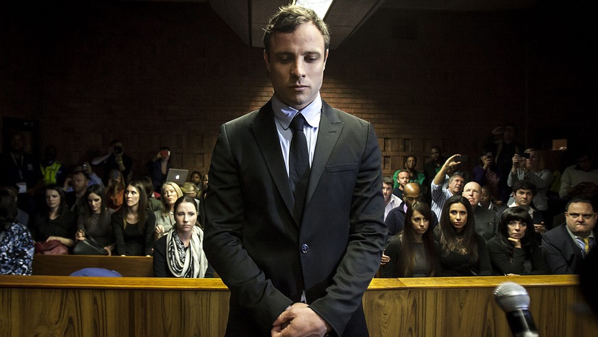 epa04984527 (FILE) A file picture dated 19 August 2013 shows South African Paralympic athlete Oscar Pistorius as he appears in the Pretoria Magistrates court in Pretoria, South Africa. Oscar Pistorius was released late on 19 October 2015 from prison after serving one year for shooting dead his girlfriend, South Africa's prisons department said. Correctional services spokesman Manelisi Wolela confirmed that Pistorius had been released from the Kgosi Mampuru II prison in Pretoria. Pistorius fired four shots at Reeva Steenkamp through a locked toilet door at his home in Pretoria in the early hours of Valentine's Day 2013. She died at the scene.  EPA/STR
