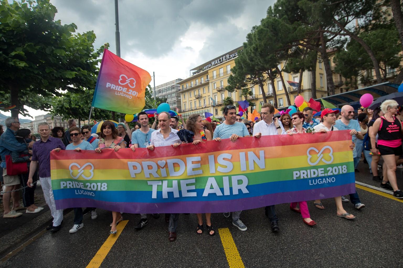 Friedliche, fröhliche Gay Pride mit rund 7000 Teilnehmern