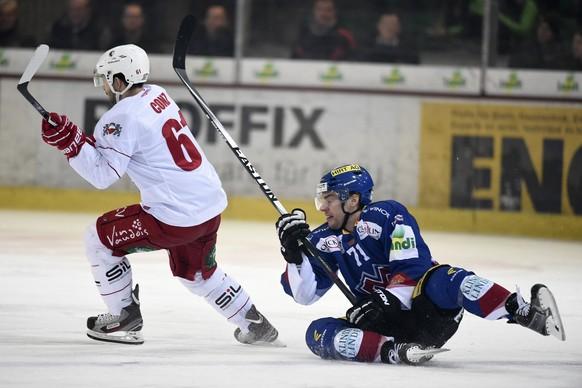 21.02.2015; Biel; Eishockey NLA - EHC Biel - Lausanne HC; Florian Conz (Lausanne) gegen Jerome Samson (Biel)(Urs Lindt/freshfocus)