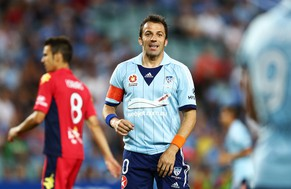 SYDNEY, AUSTRALIA - FEBRUARY 08:  Alessandro Del Piero of Sydney FC reacts during the round 18 A-League match between Sydney FC and Adelaide United  at Allianz Stadium on February 8, 2014 in Sydney, Australia.  (Photo by Matt King/Getty Images)