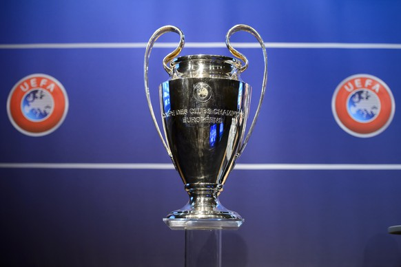 The Champions League trophy pictured during the draw of the first two qualifying rounds of the UEFA Champions League 2014/15 at the UEFA Headquarters in Nyon, Switzerland,  Monday, June 23, 2014. (KEYSTONE/Laurent Gillieron)