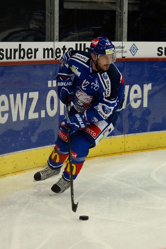 10.09.2014; Zuerich; Eishockey ZSC Lions -  Rapperswil-Jona Lakers; Luca Cunti (ZSC) (Daniela Frutiger/Freshfocus)
