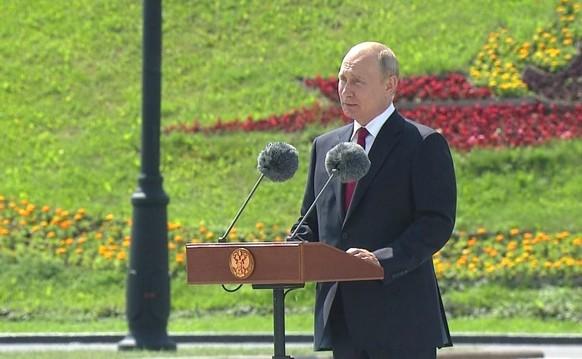 RUSSIA GOVERNMENTN PUTIN DAY OF RUSSIA