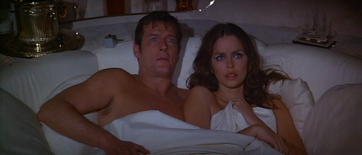 james bond the spy who loved me barbara bach roger moore 007 http://3.bp.blogspot.com/-jIRvFprXszc/T7NezETOSzI/AAAAAAAAEF8/bpQhr_fXBa4/s1600/The-Spy-Who-Loved-Me-James-Bond-Roger-Moore-Anya-Barbara-Bach.png