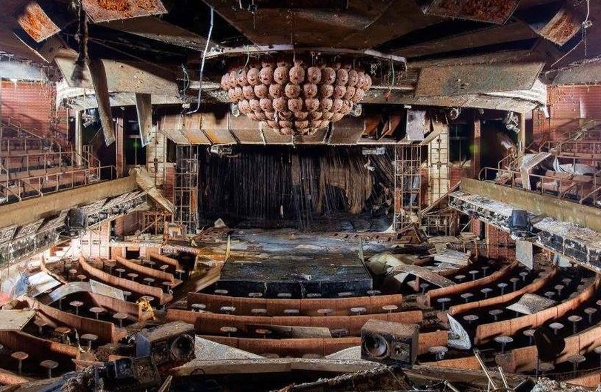 Faszinierende Aufnahmen aus dem Innern der abgewrackten Costa ...