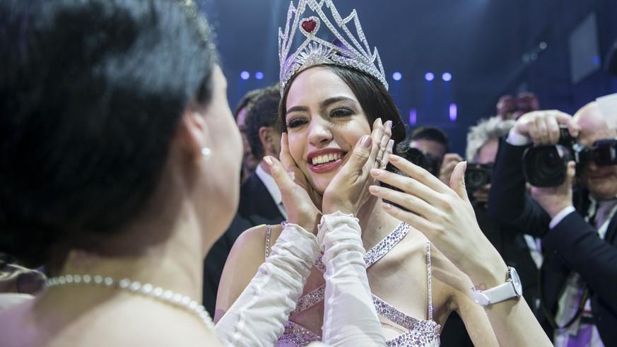Amtierende Miss Schweiz wegen Vertragsverletzungen freigestellt