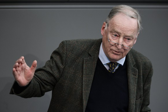 epa06617804 The co-chair of the parliamentary group of the right-wing 'Alternative fuer Deutschland' (AfD) party, Alexander Gauland, delivers a speech to the German Bundestag in Berlin, Germany, 21 March 2018. Merkel, in her government declaration, spoke about the upcoming new German government's work.  EPA/CLEMENS BILAN